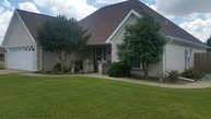 107 Summer Blvd Trumann AR, 72472