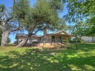 5106 River Oaks Dr Kingsland TX, 78639