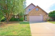 1112 9th Court Moore OK, 73160