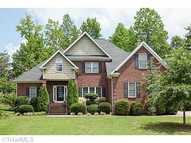 4669 Beacon Park Lane Walkertown NC, 27051