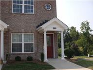 6002 Wooded Creek Dr 202 Louisville KY, 40291