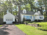287 Dutch Hill Rd Canadensis PA, 18325