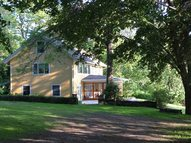 905 Old Quaker Hill Rd Pawling NY, 12564