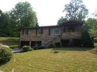 235 Hoffman Avenue Morgantown WV, 26505