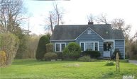365 E Lakeview Ave Brightwaters NY, 11718