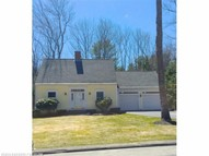 7 Ryefield Dr Scarborough ME, 04074
