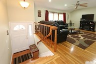 4 Modell Ct East Northport NY, 11731