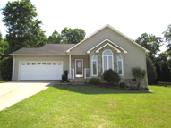 1518 Indian Springs Dr Conover NC, 28613