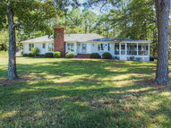 350 Windward Way Port Haywood VA, 23138