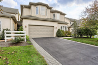 672 Woodfield Drive Lititz PA, 17543