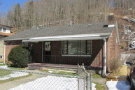 560 Appalachian Highway Pineville WV, 24874