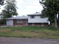1515 Gonterman Street South Roxana IL, 62087