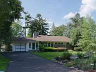 1303 Michael Rd Meadowbrook PA, 19046