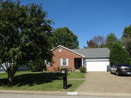 8005 Apple Valley Dr Louisville KY, 40228
