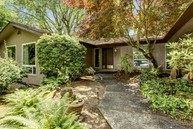 9525 Mercerwood Dr Mercer Island WA, 98040