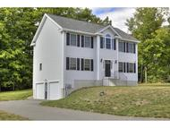 2 Lincoln Ln Chester NH, 03036