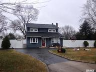 6 Nova Ct East Patchogue NY, 11772