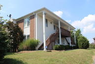 321 Rosewood Dr Louisville KY, 40223