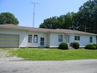 401 North Beaucoup Pinckneyville IL, 62274