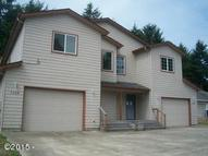 1767 Se Mast Ave Lincoln City OR, 97367