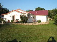 310 North Monroe Kinmundy IL, 62854