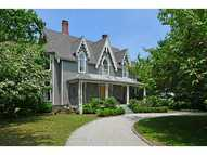 6 Greenough Pl Newport RI, 02840