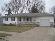 3118 Skyline Dr Clinton IA, 52732