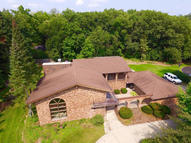 3805 S Lucylle Ln New Berlin WI, 53146