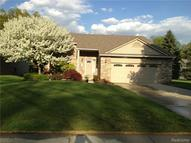 490 River Ridge Drive Waterford MI, 48327