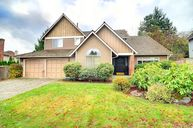 23203 Ne 18th Place Sammamish WA, 98074
