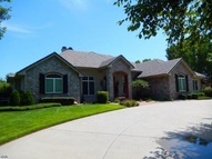 3800 Cherry Hills Dr Hutchinson KS, 67502