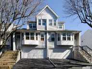 10 Eastern Dr New Hyde Park NY, 11040