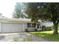 8895 Fairlane Dr Olmsted Falls OH, 44138