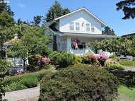 1155 Bay St Florence OR, 97439