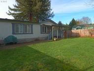 955 Cooper Ave Cottage Grove OR, 97424