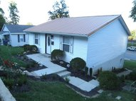 2411 Sycamore Street Catlettsburg KY, 41129