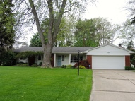 53423 Eastbourne Shelby Township MI, 48316