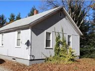 39 Meetinghouse Rd Hinsdale NH, 03451