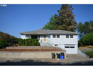 809 E 20th St The Dalles OR, 97058