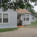 102 Lee St Ingram TX, 78025