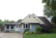 279 Red Cedar Drive Levittown PA, 19055