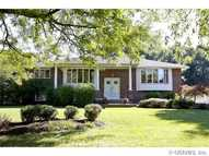 279 Parkview Dr Rochester NY, 14625
