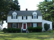 102 Terry Road Brookneal VA, 24528