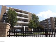 2039 Wooster Rd Unit: 56 Rocky River OH, 44116