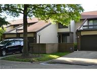 4447 Gilmer Ln Unit: 114 Richmond Heights OH, 44143