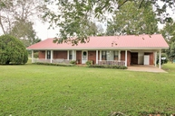 3200 Sally Parker Rd. Lucedale MS, 39452