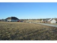 Lot 6 Breckenwood 2nd Addition Carthage MO, 64836