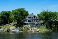 4 Bonaparte Point Rd Hopatcong NJ, 07843