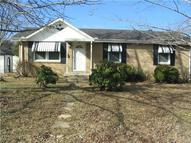 102 Hickory Bend Dr Greenbrier TN, 37073