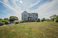 582 Aquidneck Ave Middletown RI, 02842